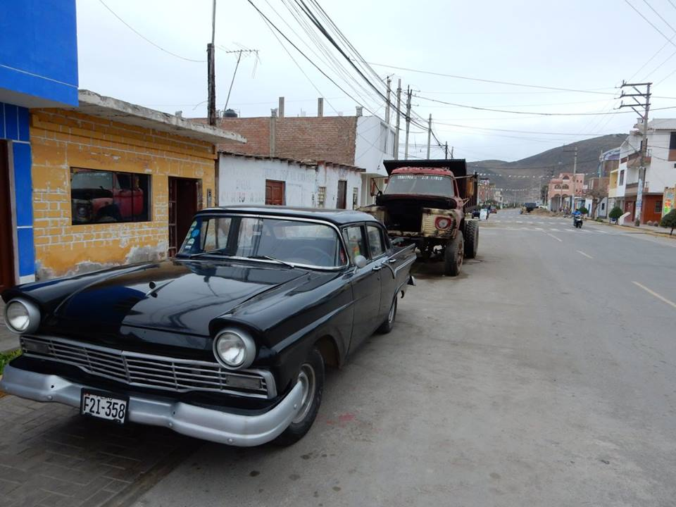 Cerro Azul car